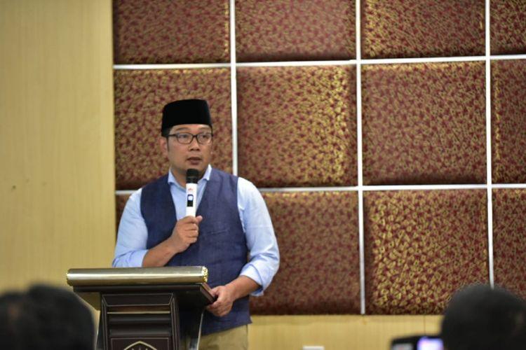 Wali Kota Bandung Ridwan Kamil saat berbicara dalam kegiatan pertemuan tim optimasi dan sinkronisasi di Gedung Pelatihan Unpad, Jalan Dago, Kamis (2/8/2018).