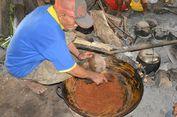 Omar Ndara Raping, Tradisi Orang Kolang Rawat Wae Minse di Pohon Enau