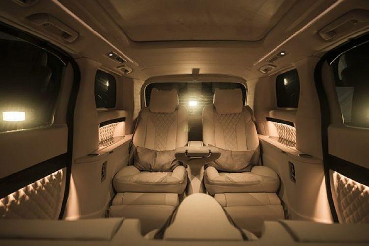 Ubahan kabin mobil yang ditawarkan Lombardi Auto Indonesia.