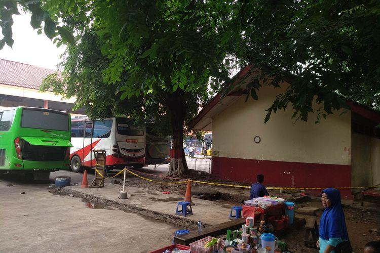 Lokasi penemuan mayat di Kampung Rambutan.