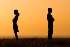 Kapan Waktu yang Tepat Kembali Berkencan Setelah Putus Cinta?