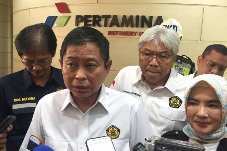 Menteri ESDM Ignasius Jonan saat melakukan kunjungan kerja di Pertamina Refenery Unit III Plaju, Palembang, Sumatera Selatan, Kamis (17/1/2019).