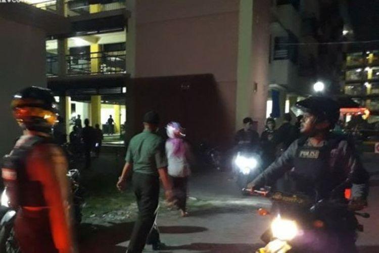 Ledakan terjadi di Rusunawa Wonocolo, Taman, Sidoarjo, Jawa Timur, Minggu (13/5/2018).
