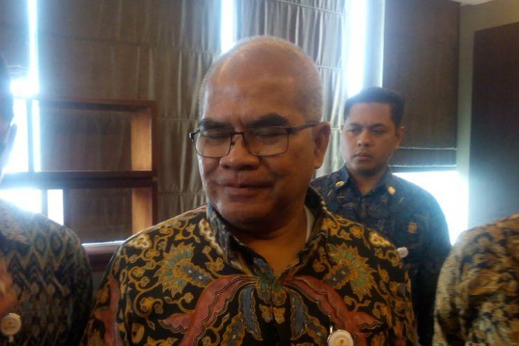 Kepala SKK Migas Amien Sunaryadi memberikan keterangan kepada media di kantor SKK Migas, Jalan Jenderal Gatot Subroto No. 42, Jakarta, Jumat (9/11/2018).