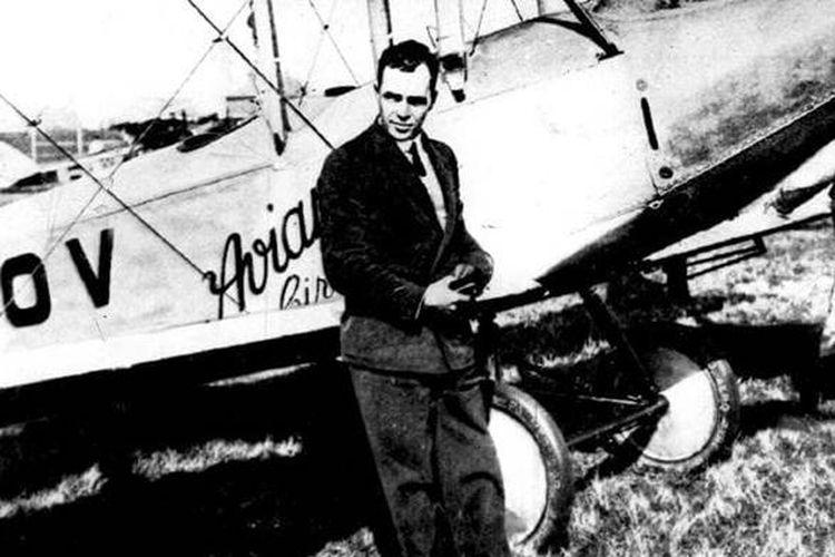 Bert Hinkler dan pesawatnya