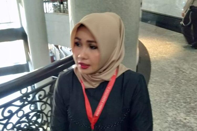 Caleg DPD Dapil NTB Evi Apita Maya di Gedung Mahkamah Konstitusi (MK), Jakarta Pusat, Kamis (18/7/2019).(Kompas.com/Fitria Chusna Farisa)
