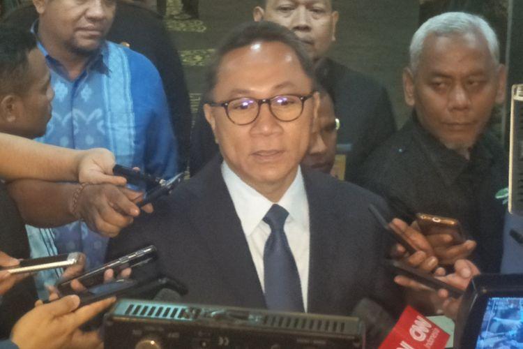 Ketua Umum Partai Amanat Nasional (PAN) Zulkifli Hasan saat ditemui di Kompleks Parlemen, Senayan, Jakarta, Kamis (14/3/2019).