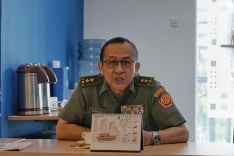 Kepala Pusat Penerangan (Kapuspen) TNI Mayor Jenderal Sisriadi saat mengunjungi Menara Kompas, Palmerah, Jakarta Barat, Selasa (12/2/2019).