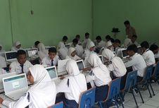 Sejumlah SMP di Kota Bekasi Terlambat Memulai UNBK Hari Ini