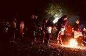Tradisi Main Sepak Bola Api Saat Ramadhan, Ikhtiar Mengelola Api di Dalam Jiwa