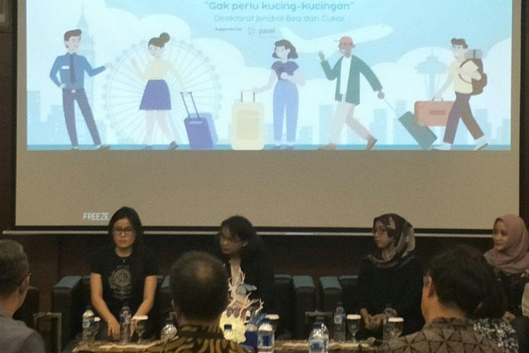 Diskusi mengenasi bisnis jasa titipan di Kantor Bea Cukai, Jakarta, Jumat (26/4/2019)