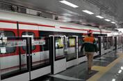 Warga Jakarta Sebentar Lagi Bisa Merasakan LRT