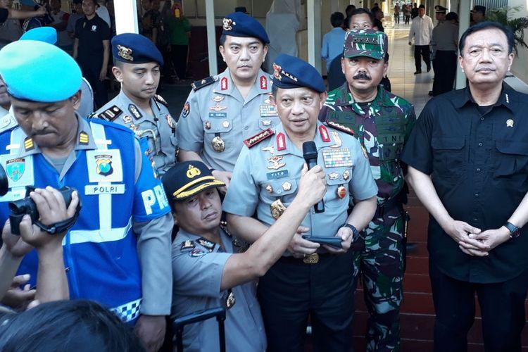 Kapolri: Pelaku bom bunuh diri di Surabaya Satu Keluarga
