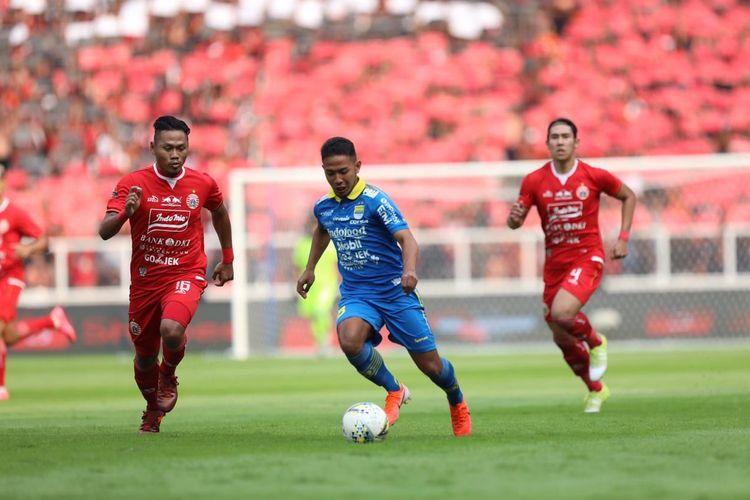Persija Jakarta vs Persib Bandung pada pekan kedelapan Liga 1 2019 di Stadion Utama Gelora Bung Karno, Jakarta, 10 Juli 2019.