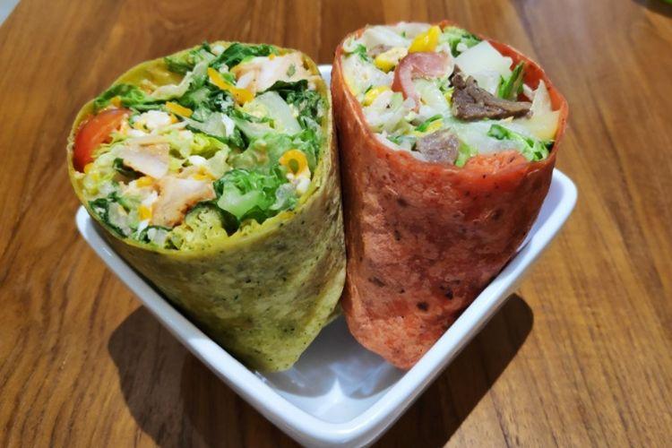 SaladStop! menghadirkan varian rasa wrap baru, bayam dan tomat.
