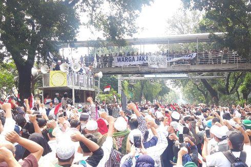 Gelar Aksi di MK, Eks Penasihat KPK Tegaskan Tak Terkait Paslon 01 dan 02