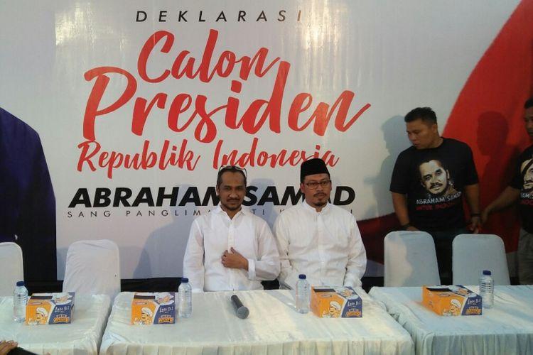Abraham Samad saat mendeklarasikan dirinya kepada warga Makassar sebagai calon presiden, Senin (7/5/2018).