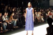 Gaya Busana Penduduk Asli Australia Eksis di Jakarta Fashion Week