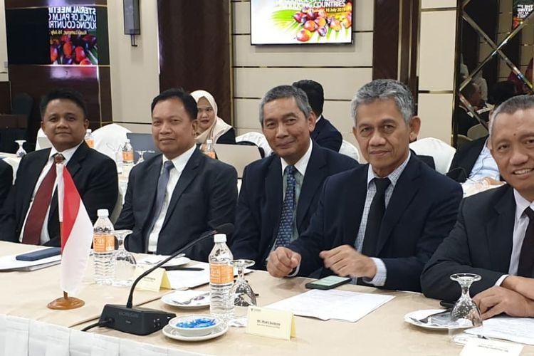 CPOPC kali ini merupakan pertemuan ke-18 dan pertemuan ke-7 untuk Ministerial Meeting (MM) dengan delegasi RI dipimpin oleh Menteri Koordinator Bidang Perekonomian dan Ketua SOM Indonesia yang diwakili Deputi Bidang Koordinasi Pangan dan Pertanian, Kemenko Perekonomian.