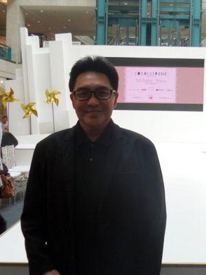 Penata rambut terkemuka Tanah Air, Rudy Hadisuwarno ketika ditemui di sela acara fashion show oleh Localstrunk di Plaza Senayan, Jakarta, Jumat (11/1/2018).(KOMPAS.com/Nabilla Tashandra)