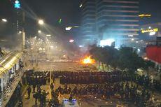 Situasi Terkini di Sarinah Pukul 21.40, Massa Didesak Mundur