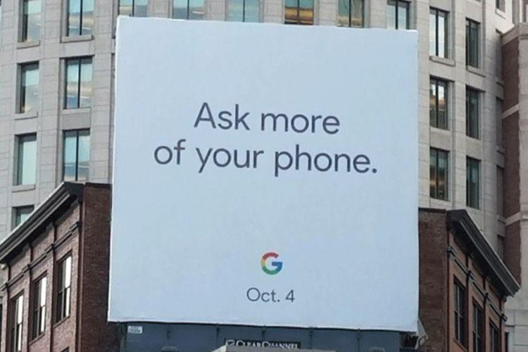Billboard Google yang indikasikan tanggal rilis Google Pixel 2