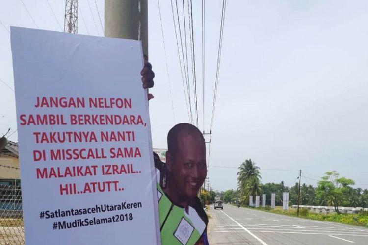 Manekin Satlantas Polres Aceh Utara berisi imbauan menggelitik sekaligus mengedukasi