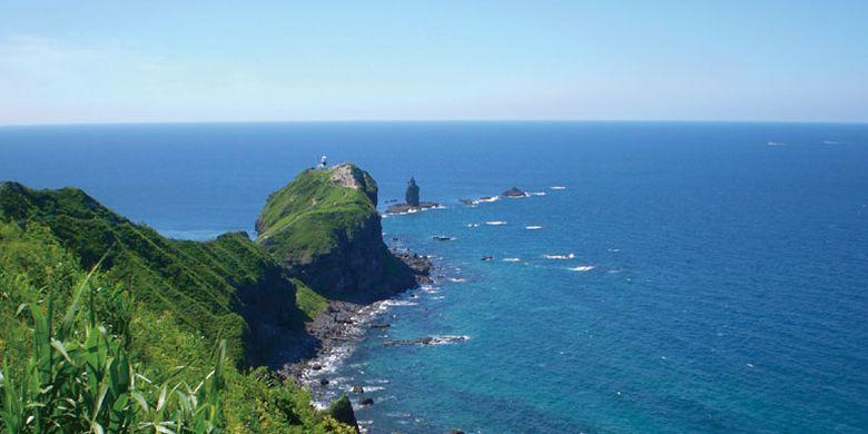 Semenanjung Kamui yang terletak di wilayah kepulaun Shakotan, barat laut Hokkaido, Jepang.