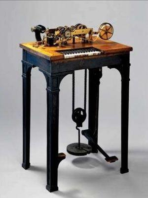 Mesin telegraf cetak karya Hughes.
