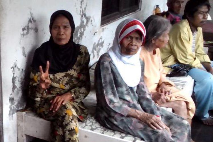 Para penghuni Panti Jompo Welas Asih, Kabupaten Tasikmalaya.