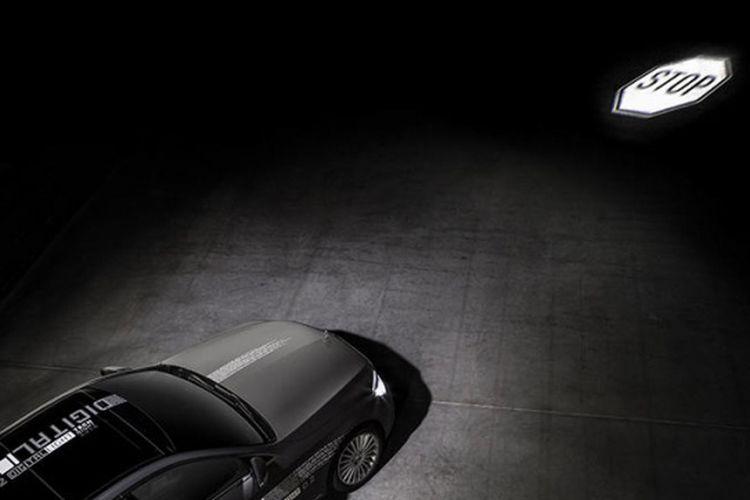 Teknologi LED pintar dari Mercedes-Benz resmi dikenalkan. Kemampuannya dapat beradaptasi di semua situasi berkendara