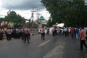 Ada Aksi Massa di Kantor KPU Babel, Jalan Mentok Ditutup