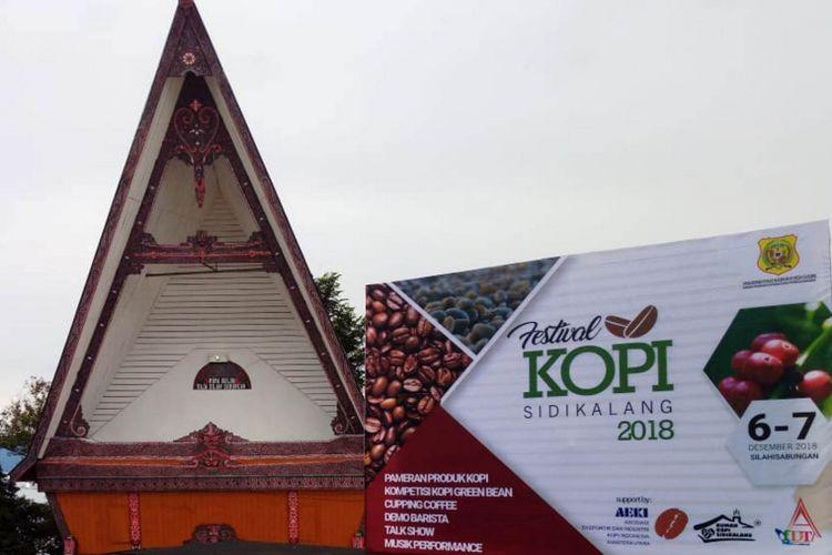 Festival Kopi Sidikalang di Tao Silalahi, Desa Silalahi, Kecamatan Silahisabungan, Kabupaten Dairi, Sumatera Utara, Rabu (5/12/2018).