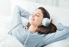 Demi Kesehatan Jantung, Coba Dengarkan Musik Yoga Sebelum Tidur