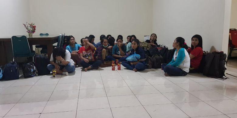 Sebanyak 20 calon pekerja migran non prosedural atau ilegal di Pondok Kopi, Jakarta Timur, diamankan Tim Kementerian ketenagakerjaan (Kemnaker), Kamis (16/5/2019).