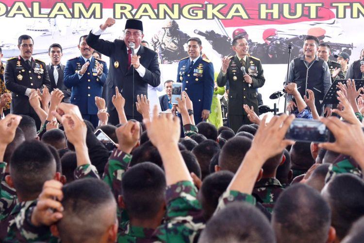 Gubernur Sumut Edy Rahmayadi menghadiri HUT ke-73 TNI di Apron Lanud Soewondo Medan, Jumat (5/10/2018).