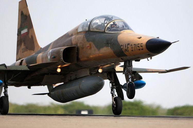 Jet Tempur F-5 Iran Jatuh saat Latihan, Seorang Pilot Tewas