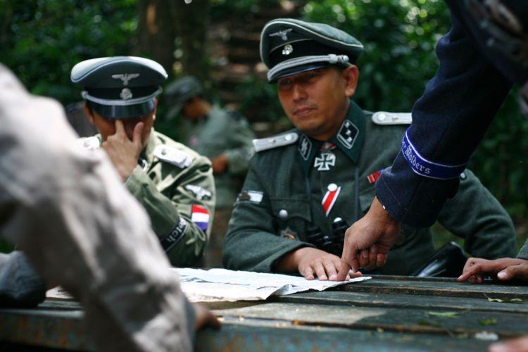 Reka Ulang Perang Dunia II yang dilakukan Komunitas Reenactor Indonesia.