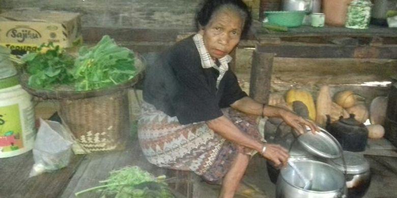 Inidia Tradisi Kewur Uwi – Tradisi Makan Bersama di Kampung Paua, Flores