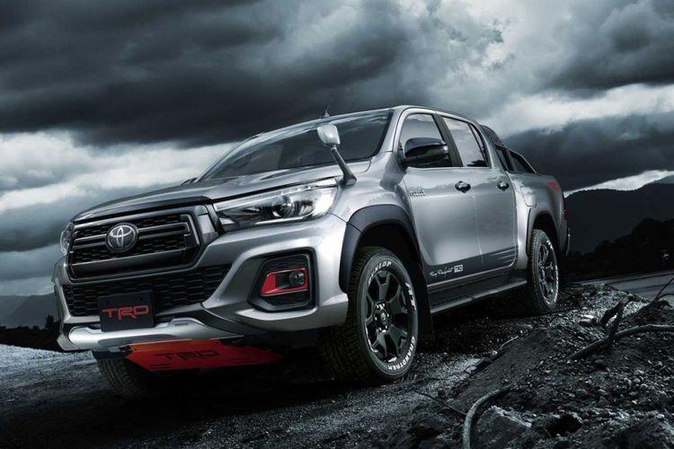 Pada ajang Tokyo Auto Salon 2019, Toyota hadirkan Hilux Black Rally Edition