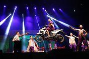 Melihat Kolaborasi Seni Tradisional dan Sirkus yang Menegangkan