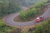 Hirup Gas Beracun dari Kawah Ijen, Satu Orang Ditemukan Pingsan di Mobil