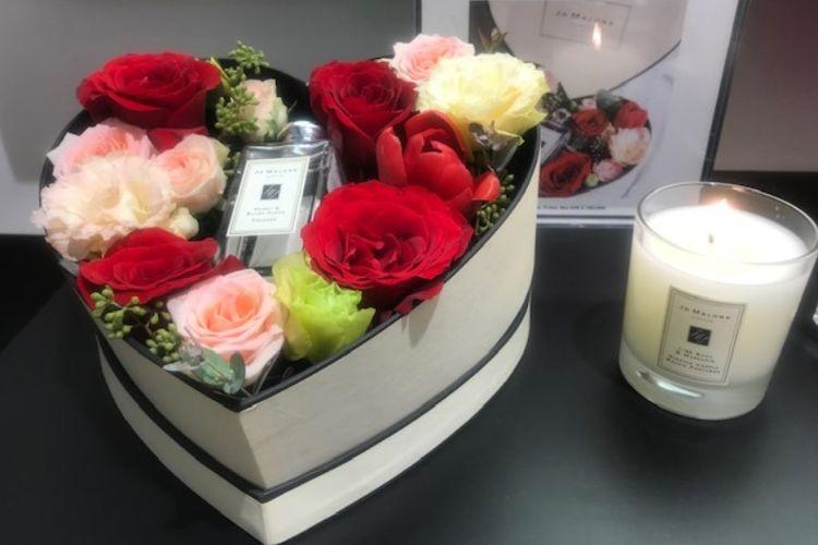 Paket kado spesial valentine dari Jo Malone.
