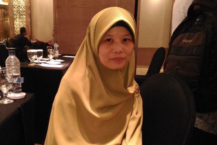 Seorang guru SLB Negeri Bontang Anissa Alhaqqoh Darwis berharap pemerintah daerah dan swasta memberi banyak perhatian pada siswa berkebutuhan khusus. Hal itu diungkapkan di sela rangkaian peringatan Hari Guru Nasional 2017 di Hotel Ambhara, 23-26 November 2017.