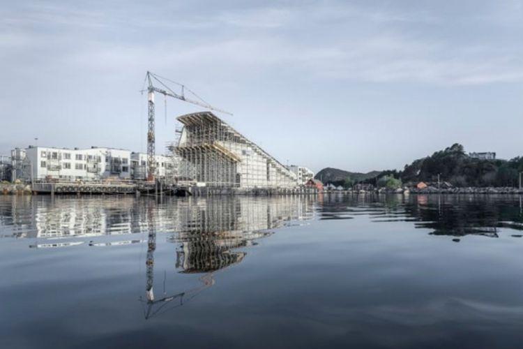 Konstruksi restoran bawah laut pertama di Eropa.