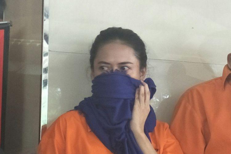 Veronica Ida Mustika Ayu, wanita yang melakukan penipuan penjualan tas branded di instagram. Foto diambil pada Rabu (12/9/2018).