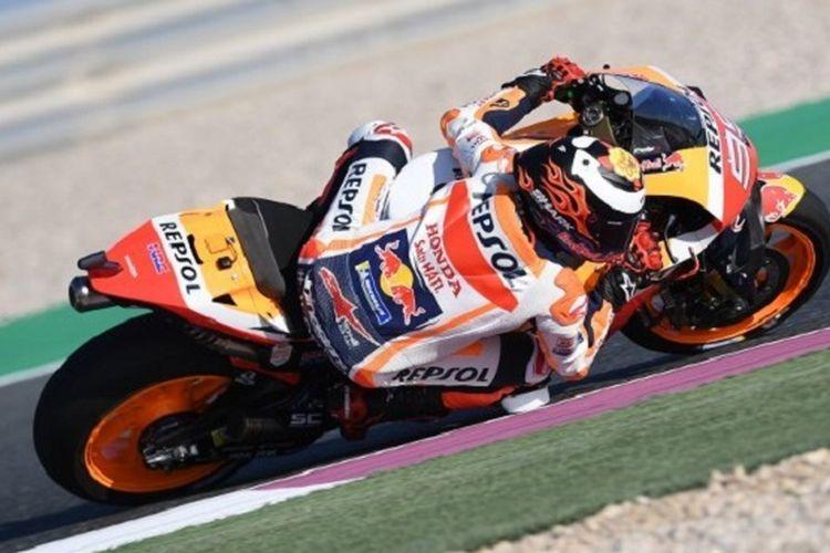 Pebalap Repsol Honda, Jorge Lorenzo, menjalani latihan bebas di Sirkuit Losail pada MotoGP Qatar, 8 Maret 2019.