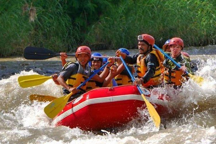 Rafting di Sungai Alas, Kedah, Taman Nasional Gunung Leuser, Aceh.