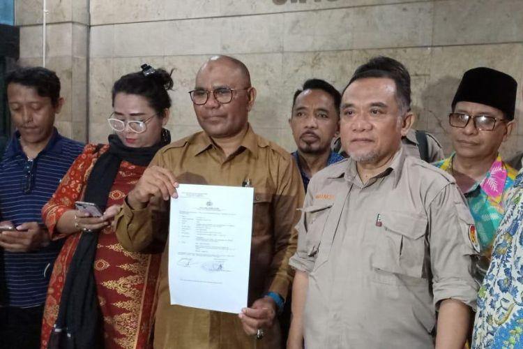 Pelapor atas nama Anhar melaporkan Wakil Sekretaris Jenderal PDI Perjuangan Ahmad Basarah ke Bareskrim Polri, Jakarta Pusat, Senin (3/11/2018) malam.