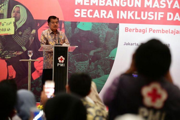 Wakil Presiden RI Jusuf Kalla membukaseminar danlokakarya bertajuk Membangun Masyarakat Tangguh Bencana secara Inklusifdan Berkelanjutan di Hotel Millennium, Jakarta, Rabu (7/3/2018).